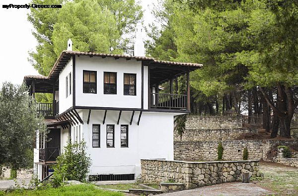 Photo: Traditional detached house in Kriopigi, Halkidiki